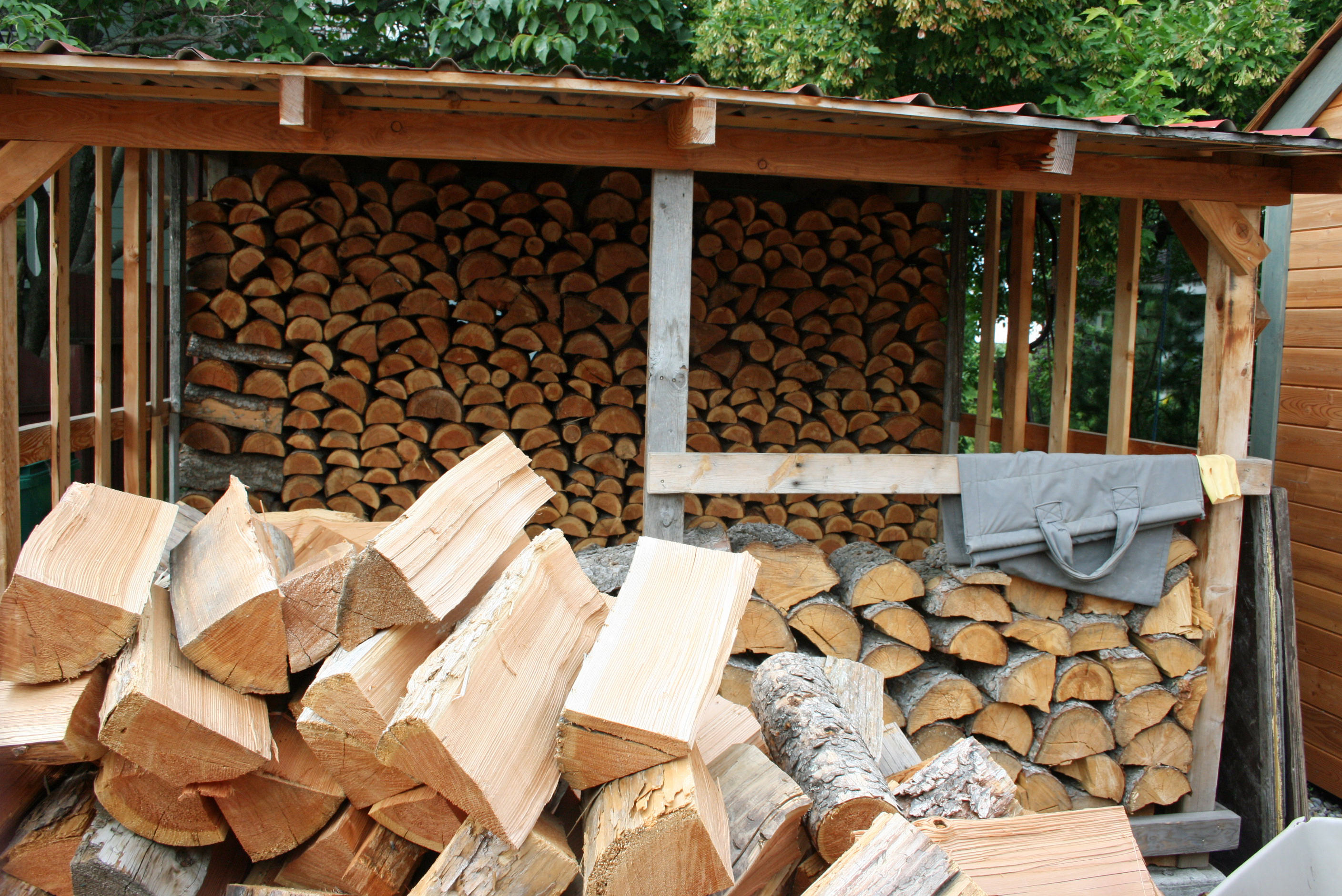 Firewood Tips for Cleaner Air